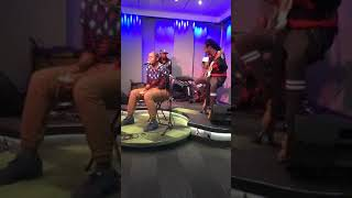 something-soweto-akanamali-live-performance