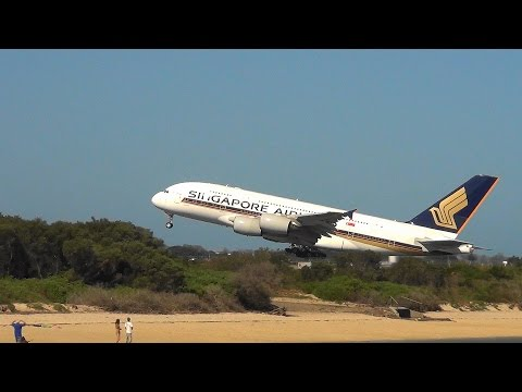 Extreme Strong Wind Compilation - A380,A340,B747,B777,B767,B737,A330, A320, MD-11 Sydney Airport