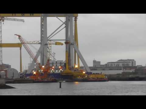 Svanen Heavy Lift Crane Ship Belfast