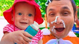 This is the way we wash Playhouse | Nursery Rhymes & Kids Songs