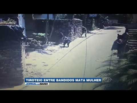 Mulher morre após tiroteio no RJ