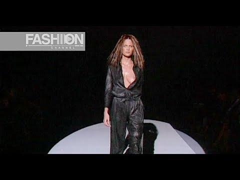 GUCCI Spring  2000 Milan - Fashion Channel