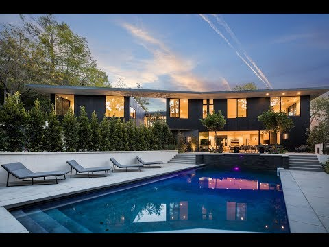 striking-architectural-|-hollywood-hills