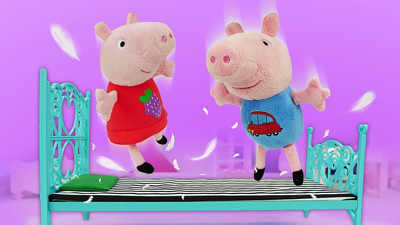 Peppa y George en la tienda de muebles. Juguetes Peluches. Vídeos de juguetes de peluche