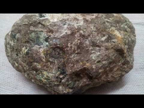 kimberlite in diamond