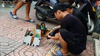 """Cảnh giác chiêu """"đánh giày trấn lột""""du khách giữa Sài Gòn"""