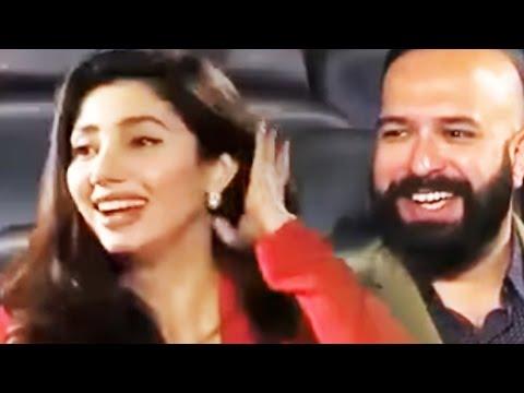 Mahira Khan Giving Crazy Answers - Must Watch