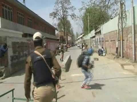 Video: College students hold protests in Srinagar against south Kashmir killings