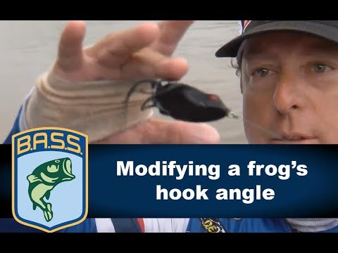 Modifying a frog's hook angle with Dean Rojas