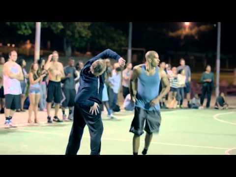 HD:Игроки NBA играют в баскетбол под видом стариков (Часть 2)