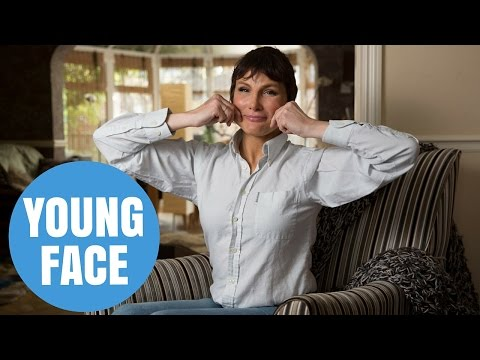 53-year-old discoveres the secret to eternal youth with daily face exercises