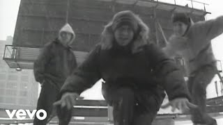 Смотреть клип Beastie Boys - Rhyme The Rhyme Well