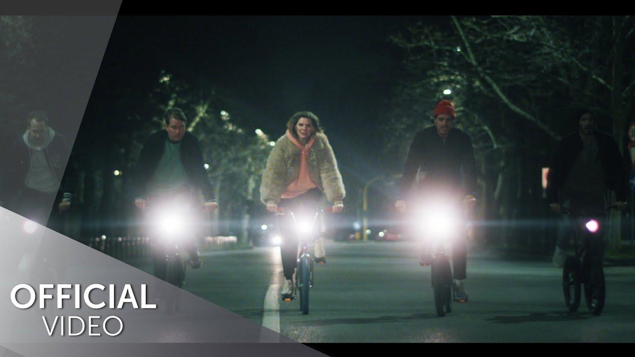 Download Juli - Fahrrad (Official Video)