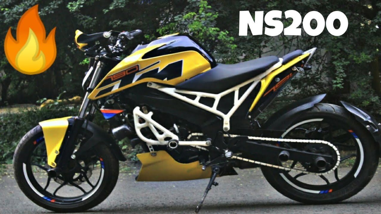 This Bajaj Pulsar 200 has been converted into a KTM 390 Duke