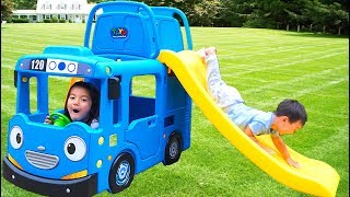 Joey plays with Tayo The Little Bus