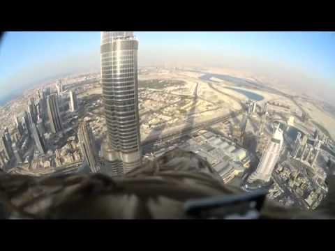 Vulturul Din Dubai Imagini Frumoase Pentru Om Dar Nu Si Pentru