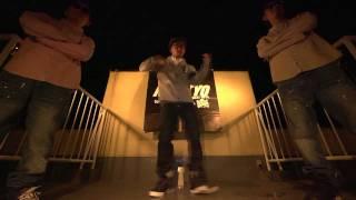 アパレルブランドKIKS TYOのプロモーションビデオです。 http://kikstyo...