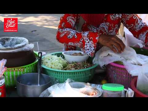 Thailand Street Food | Thai Rice Noodles With Fish Curry - Aranyaprathee Border Town | Thai Food