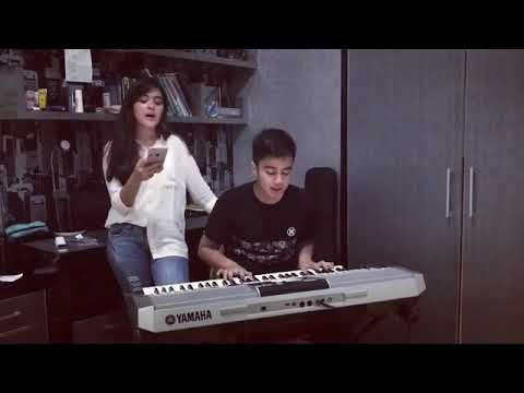 Veby Palwinta feat Umay Shahab - That should be me ( official video )