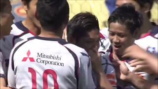 コーナーキックのこぼれ球に反応した大久保 嘉人(FC東京)が低い弾道の...