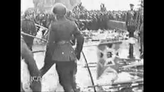 Великий момент. Парад Победы 1945. Фашисткие знамёна