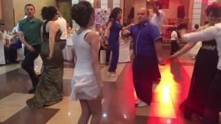 Армянская свадьба: Выиграли в конкурсе танцев.