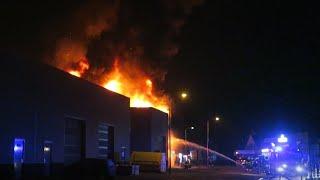 Grote Brand legt industriepand in as in Heemskerk