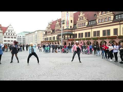 Kpop Random Dance Leipzig/Germany 4.11.2017 #1