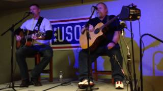 darryl worley s live version of sounds like life to me performed at the uso fort drum
