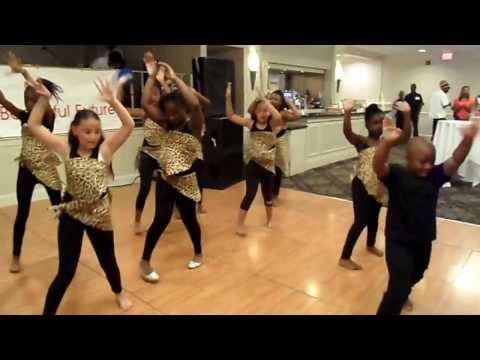 KIDS DANCE CREW.waka waka.