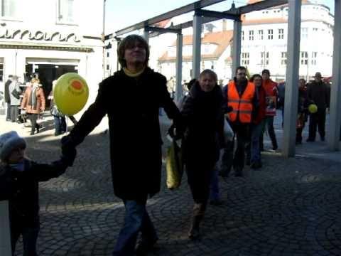 Auftakt-Menschenkette Heidenheim / Brenz am 26.2.1011