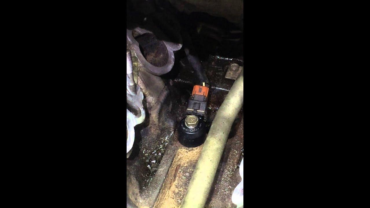 Nissan PathfinderXterra Knock SensorIntake Reseal  YouTube