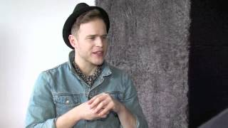 SnapCacklePop presents Olly Murs! Part 2