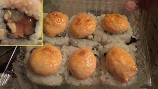"""Ролл с морским гребешком, лососем и омлетом от """"Империи Пиццы"""""""