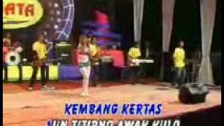 Download Lagu Reny Farida - Kembang Kertas