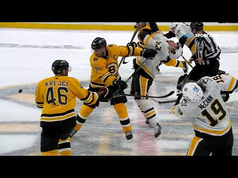 Sidney Crosby's award winning 2021 flop from Saturday's game versus the Bruins