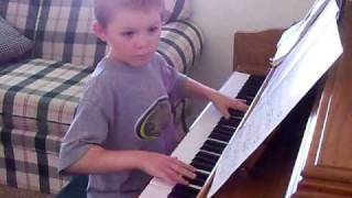 7 Year Old Pianist Plays Bryan Adams