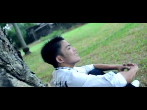 Wag mo akong iiwan - Flickt One CRSP (Official Music Video)