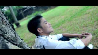 Repeat youtube video Wag mo akong iiwan - Flickt One CRSP (Official Music Video)