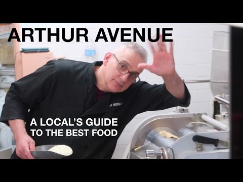 New York's REAL LITTLE ITALY: Arthur Avenue with a Local | Bronx, NY