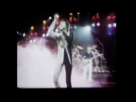Queen - We Are The Champions (Remastered Audio 2011)