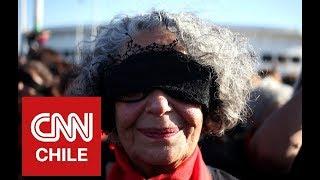 """Lastesis Senior: La impactante intervención de """"Un violador en tu camino"""" frente al Estadio Nacional"""