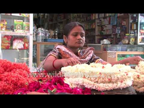 Language, film industry, food markets in Bangalore, Karnataka