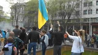 Видео события 2 мая в Одессе снял Геба(Подстава Коломойского и Парубия., 2014-07-25T09:42:21.000Z)