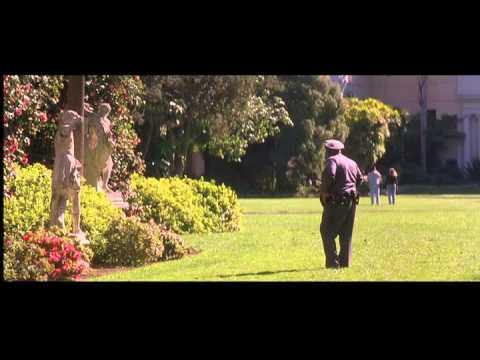 The Wedding Planner Statue Garden Scene