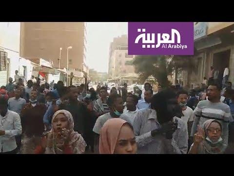جنازة متظاهر في السودان تتحول لنقطة انطلاق جديدة للاحتجاجات  - نشر قبل 2 ساعة