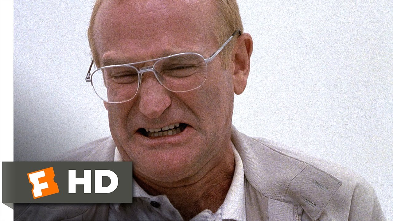 one hour photo An employee of a one-hour photo lab becomes obsessed with a young suburban family.