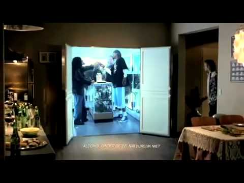 heineken werbung snoop dogg 39 s begehbarer. Black Bedroom Furniture Sets. Home Design Ideas