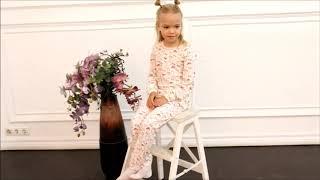 Пижама с кошечками для девочки (2820615) / Пижамы для девочек / КотМарКот
