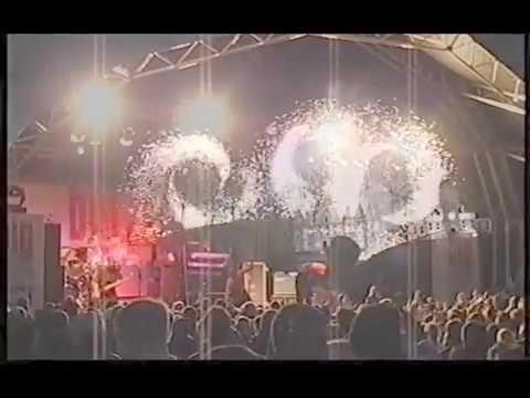 Big In Falkirk 2003